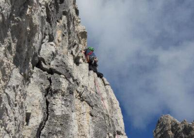 Campanile Basso - Spigolo Fox - Arrampicata - Guida Alpina Andrea Concini